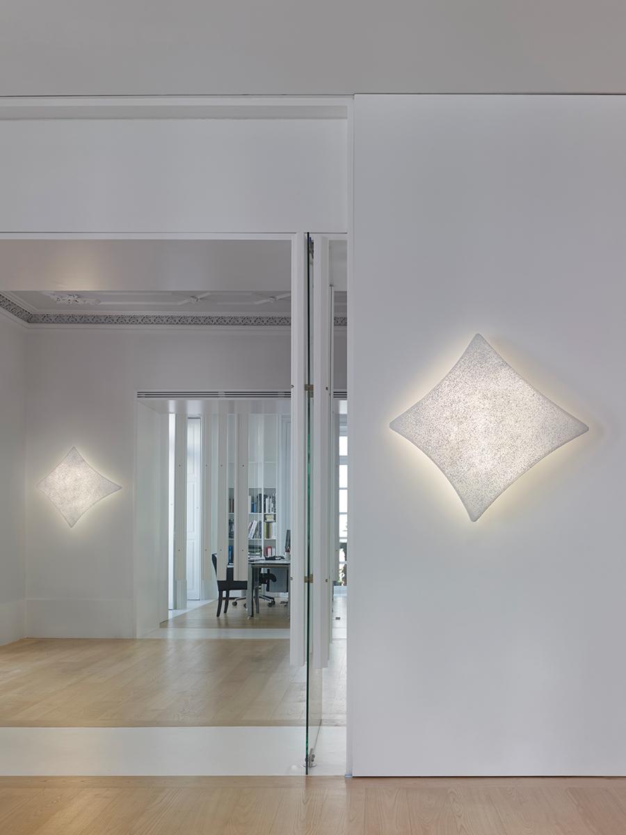 kite-wall-lamp-arturo-alvarez-kt06