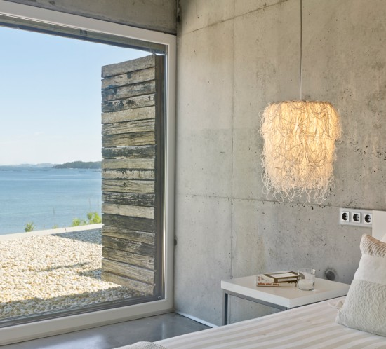 arturo-alvarez-projects-dezanove-house-poboa-do-caramiñal-caos-pendant-lamp-01