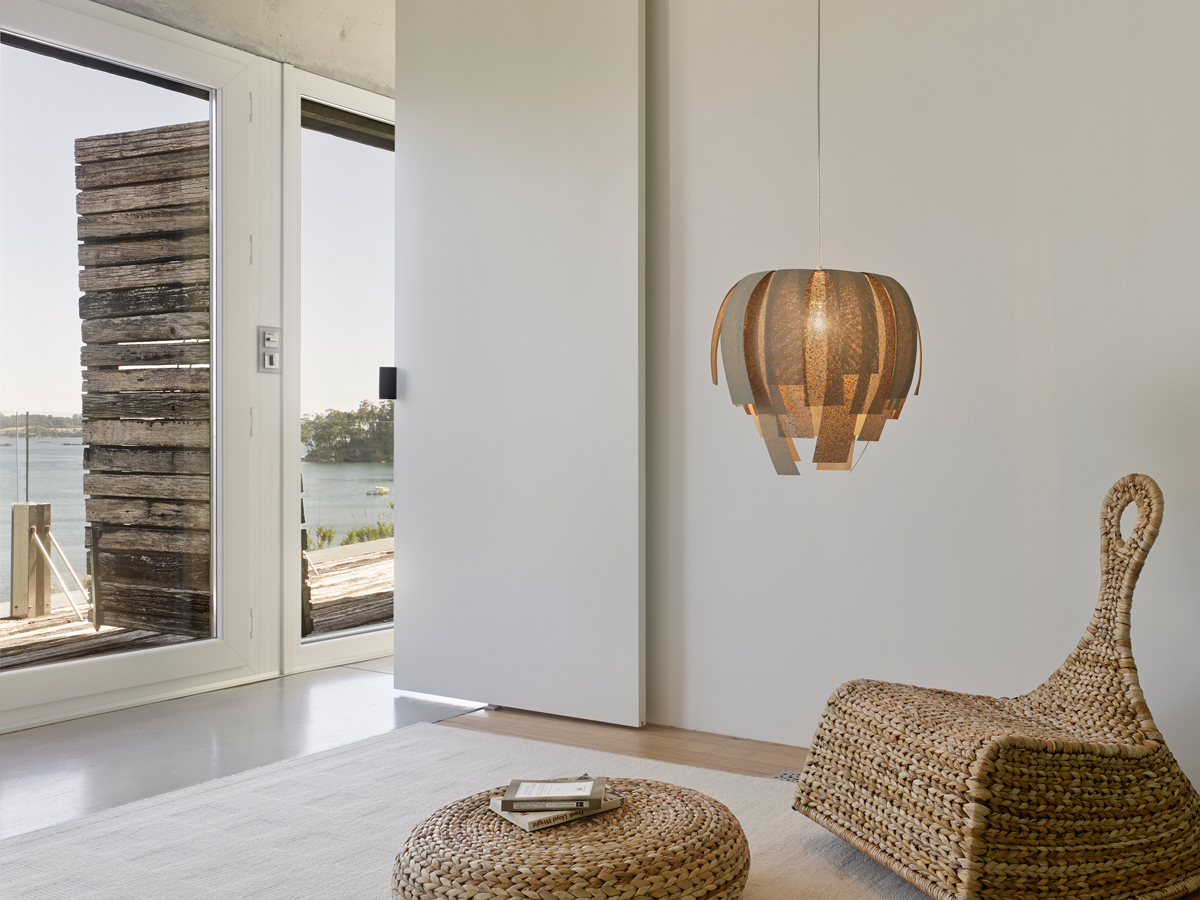 arturo-alvarez-projects-dezanove-house-poboa-do-caramiñal-luisa-pendant-lamp-03