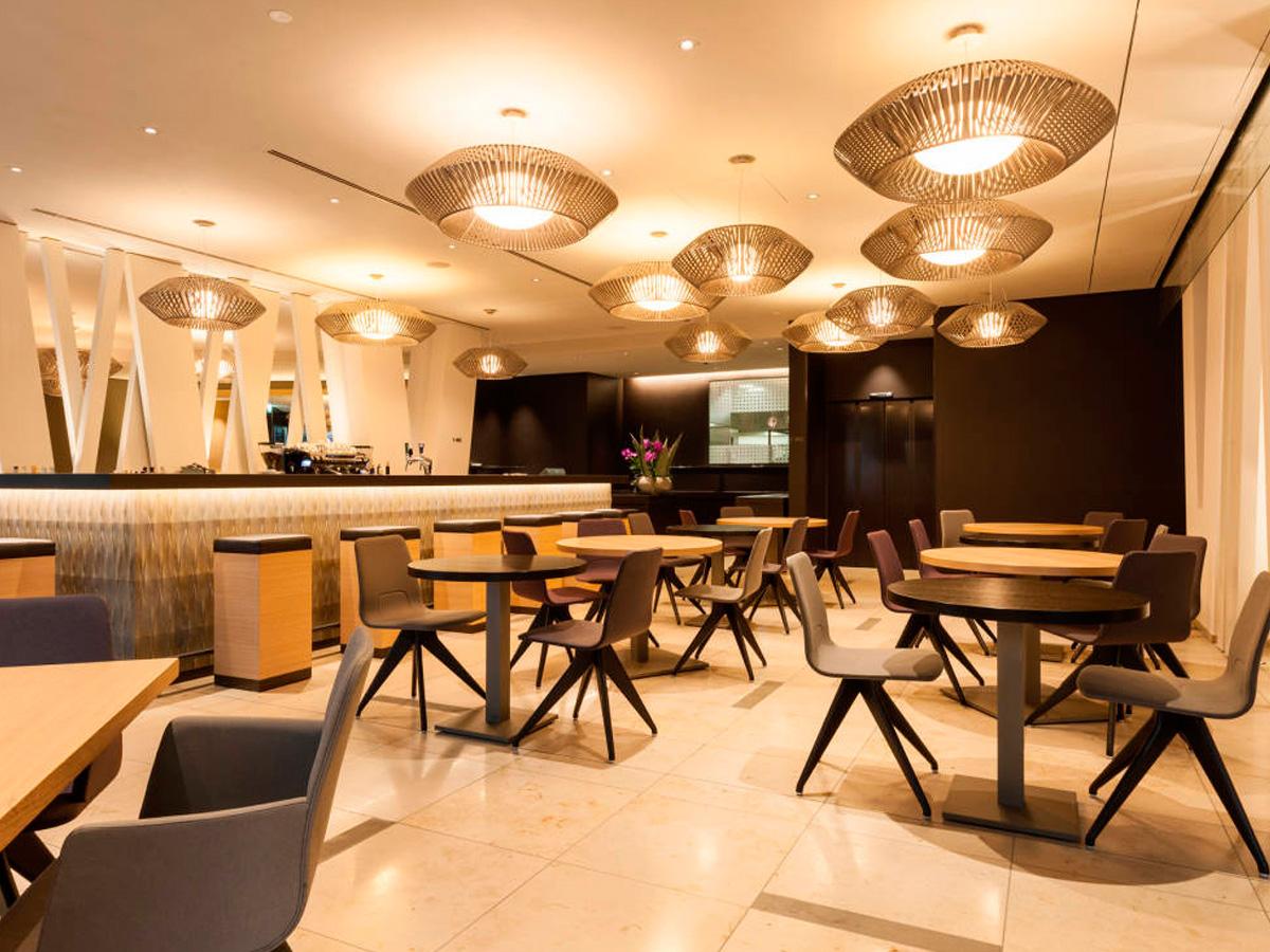 arturo-alvarez-projects-hotel-pullman-basel-v-pendant-lamp-01