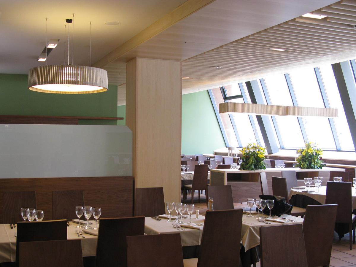 arturo-alvarez-projects-restaurante-vall-de-nuria-queralbs-girona-shio-uxi-pendant-lamp-01