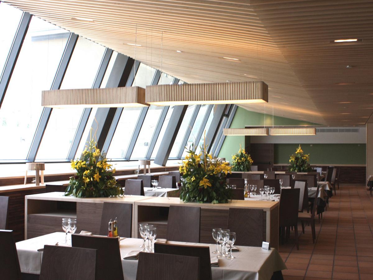 arturo-alvarez-projects-restaurante-vall-de-nuria-queralbs-girona-shio-uxi-pendant-lamp-02