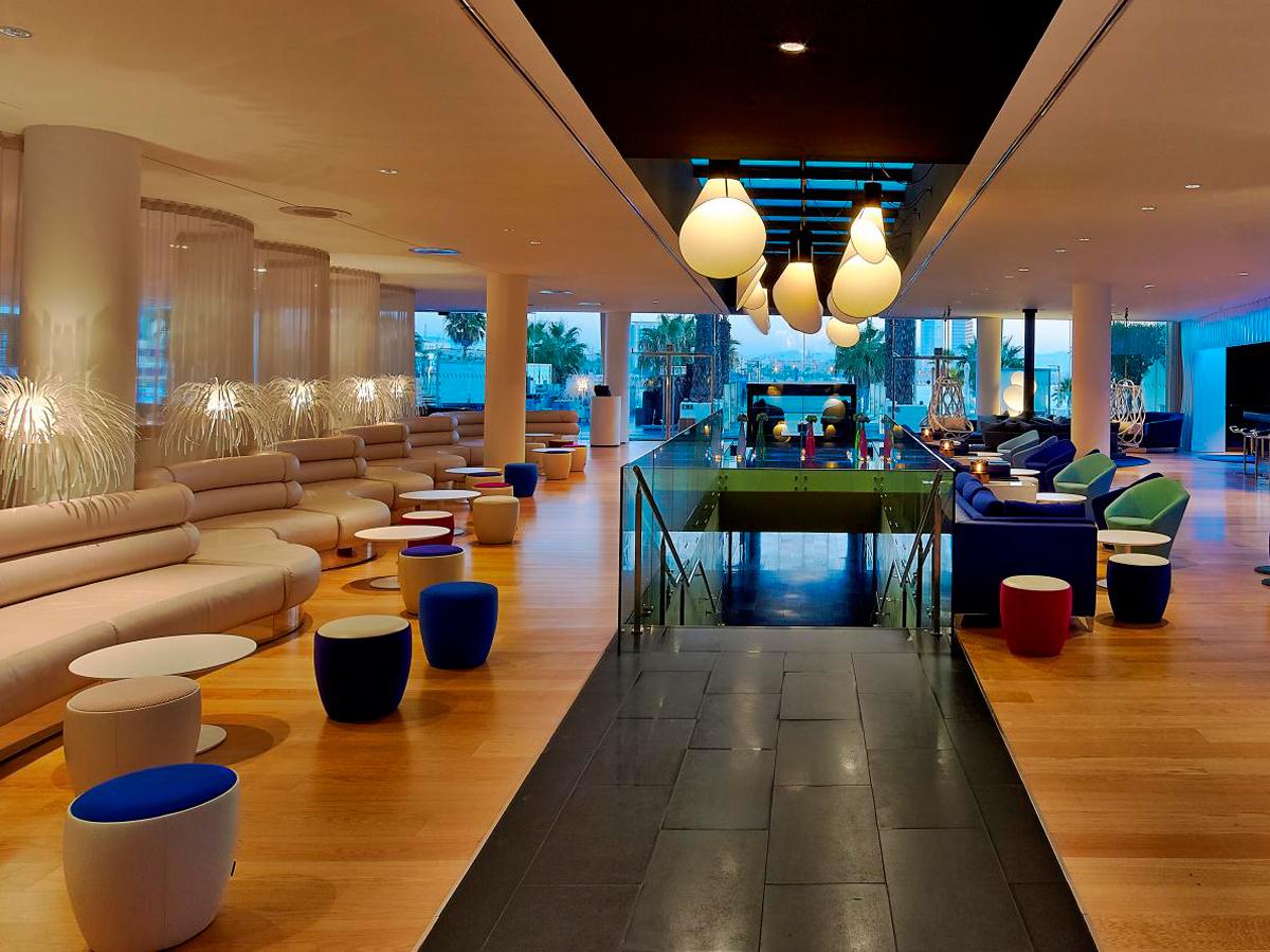 arturo-alvarez-projects-w-hotel-barcelona-tina-floor-lamp-02