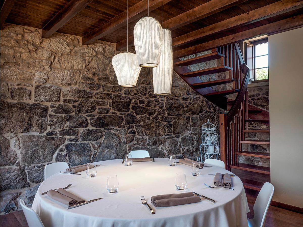 arturo alvarez project Restaurante Porta do Sol de Lamela Galicia Coral Pendant Lamp 01