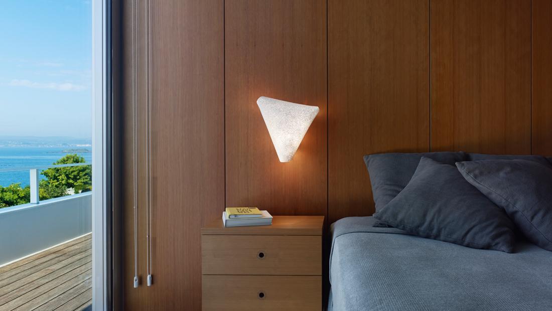 arturo-alvarez-slide-ballet-wall-lamp