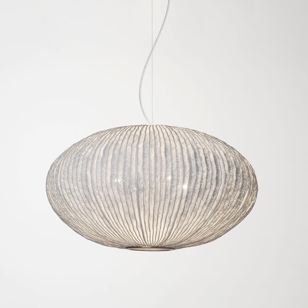 Lámpara colgante de la colección Coral con acabado en malla de acero inoxidable pintada